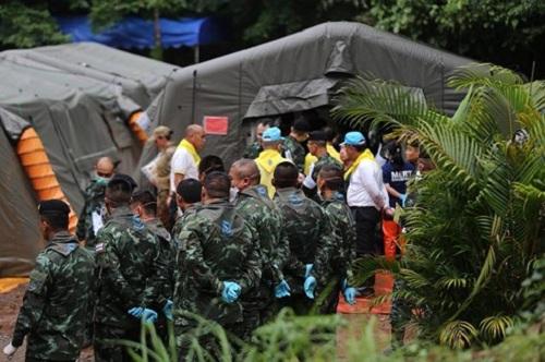 Hiện trường giải cứu đội bóng Thái Lan: Khẩn trương và kỷ luật  - Ảnh 2