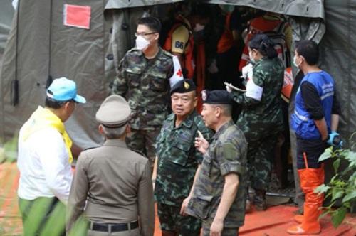Hiện trường giải cứu đội bóng Thái Lan: Khẩn trương và kỷ luật  - Ảnh 5