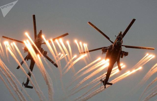 Chiêm ngưỡng dàn khí tài và lực lượng binh sĩ hùng hậu bảo vệ vùng trời của Nga - Ảnh 8