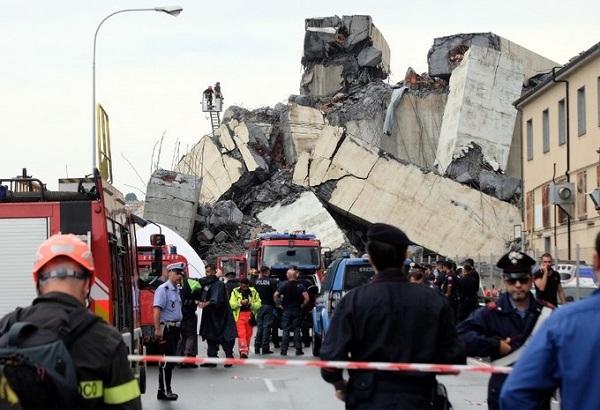 """""""Địa ngục trần gian"""" sau thảm kịch sập cầu cao 100m tại Italy: Ít nhất 35 người thiệt mạng - Ảnh 3"""