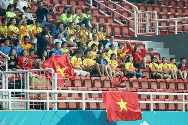 HLV Mai Đức Chung chia sẻ sau khi tuyển nữ Việt Nam lỗi hẹn giấc mơ vàng ASIAD - Ảnh 3