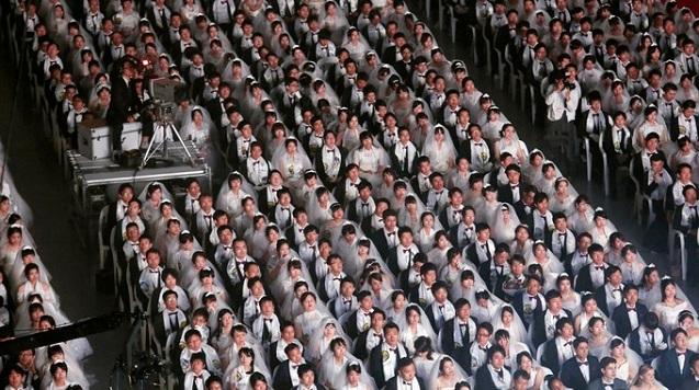 4.000 cặp cô dâu chú rể tham gia đám cưới tập thể tại Hàn Quốc, nhiều đôi chỉ mới quen - Ảnh 1