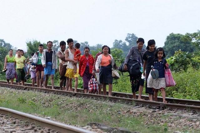 Hiện trường vỡ đập tại Myanmar khiến hơn 100 ngôi làng ngập trong nước lũ - Ảnh 9