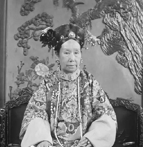 5 mỹ nhân làm khuynh đảo lịch sử Trung Quốc  - Ảnh 5