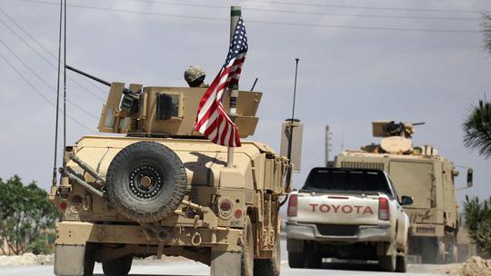 """Syria """"căng như dây đàn"""": Nga tố Mỹ ném bom hóa học xuống thị trấn Hajin - Ảnh 1"""