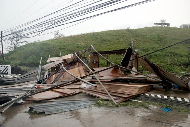 Siêu bão Mangkhut đổ bộ, Philippines gồng mình chống chọi - Ảnh 9