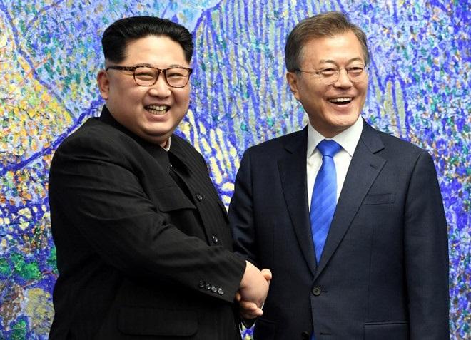 Thượng đỉnh liên Triều lần 3: Lãnh đạo Samsung, LG sẽ tháp tùng Tổng thống Hàn Quốc - Ảnh 1