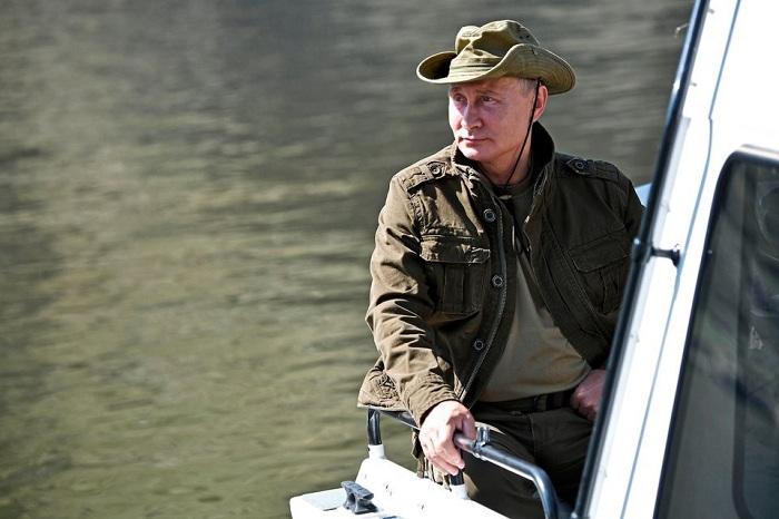 Tổng thống Putin đi bộ 5 giờ, leo núi lên đến độ cao 1.800m - Ảnh 8