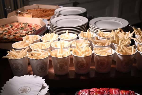Tổng thống Trump đãi khách bằng đồ ăn nhanh tại Nhà Trắng vì chính phủ đóng cửa - Ảnh 3
