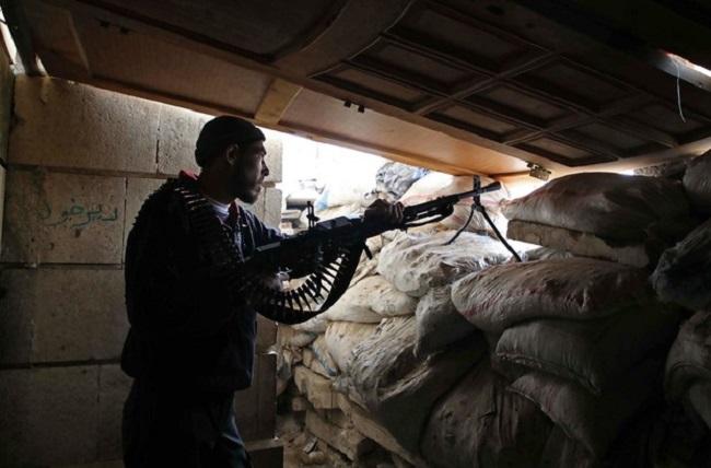 Đụng độ đẫm máu tại Syria: Các nhóm phiến quân tự tàn sát lẫn nhau - Ảnh 2