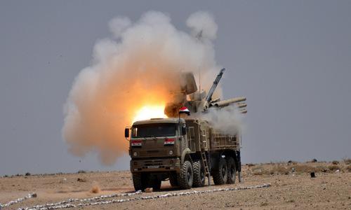 Video: Israel giáng đòn hỏa lực, phá tan tổ hợp phòng không Pantsir tối tân của Syria - Ảnh 1