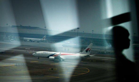 MH370 xuất hiện trong không phận quân sự Malaysia gần 40 phút trước khi mất tích? - Ảnh 2