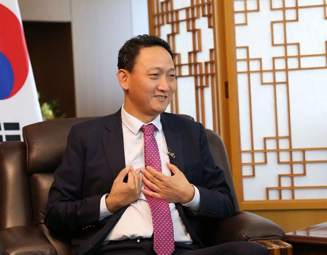 """""""Những câu chuyện chưa kể"""" về HLV Park Hang Seo qua tiết lộ của đại sứ Hàn Quốc - Ảnh 1"""
