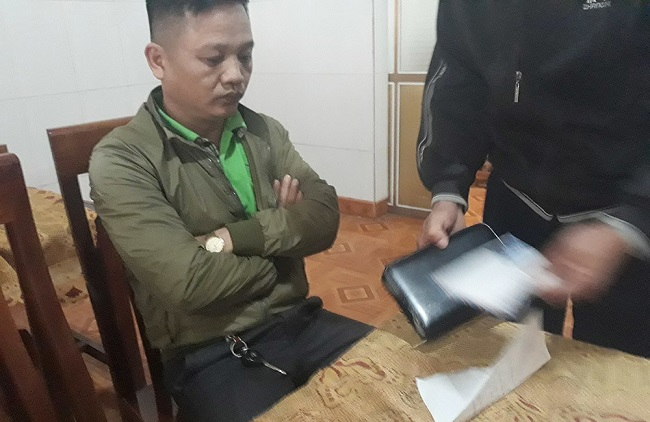 Tạm giữ đối tượng mạo danh phóng viên tống tiền doanh nghiệp ở Nghệ An - Ảnh 1