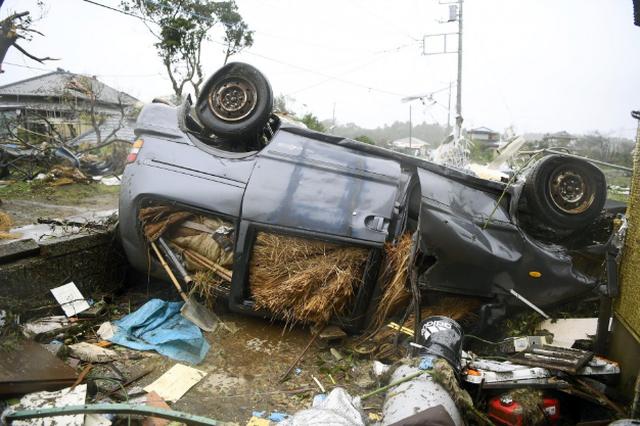 Khung cảnh tan hoang đến khó tin tại Nhật Bản sau khi siêu bão Hagibis đổ bộ - Ảnh 11