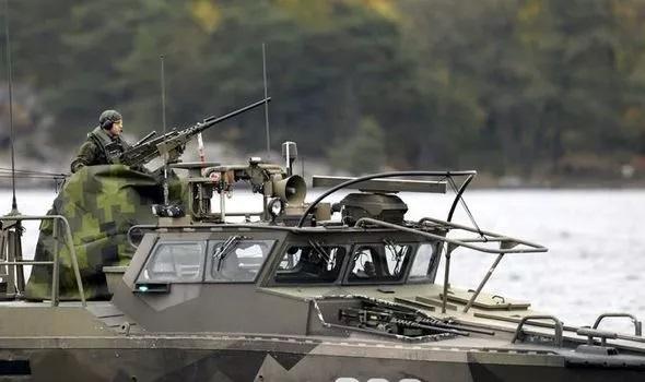 Lý giải việc quân đội Thụy Điển mở chiến dịch săn lùng tàu ngầm Nga suốt nhiều ngày liên tiếp - Ảnh 1
