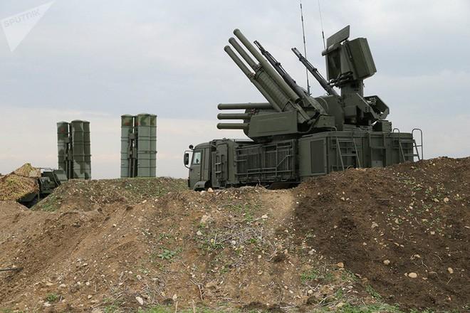 Tin tức thế giới mới nóng nhất hôm nay 2/10: Nga bắn hạ hơn 100 máy bay không người lái ở Syria - Ảnh 1