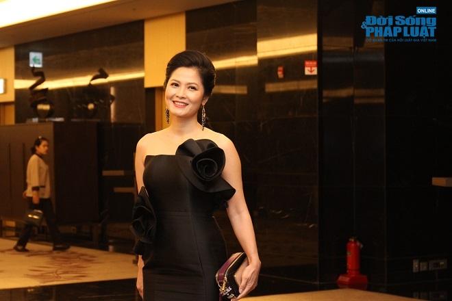 """Hơn 40 diễn viên """"máu mặt"""" của làng điện ảnh Việt xuất hiện trong phim """"Sinh tử"""" - Ảnh 2"""