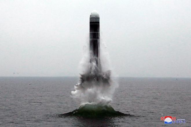 Tin tức thế giới mới nóng nhất hôm nay 3/10: Triều Tiên công bố loại tên lửa đạn đạo mới phóng - Ảnh 1