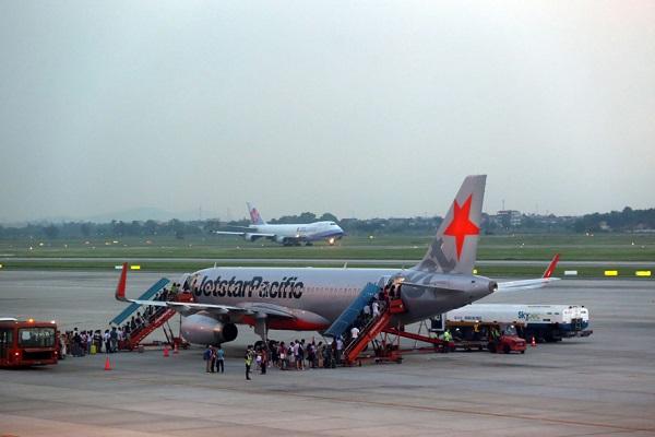 Tiết lộ hãng hàng không có số chuyến bay bị chậm, hủy nhiều nhất 9 tháng đầu năm - Ảnh 1