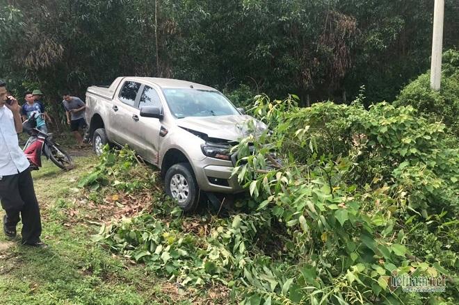 Hà Tĩnh: Sau cú va chạm kinh hoàng với xe bán tải, cặp vợ chồng tử vong tại chỗ  - Ảnh 1