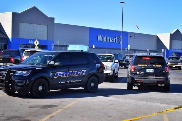 Xả súng tại siêu thị ở Mỹ, ít nhất 3 người thiệt mạng  - Ảnh 1
