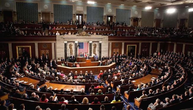 Thượng viện Mỹ thông qua dự luật về Hong Kong giữa lúc căng thẳng leo thang - Ảnh 1