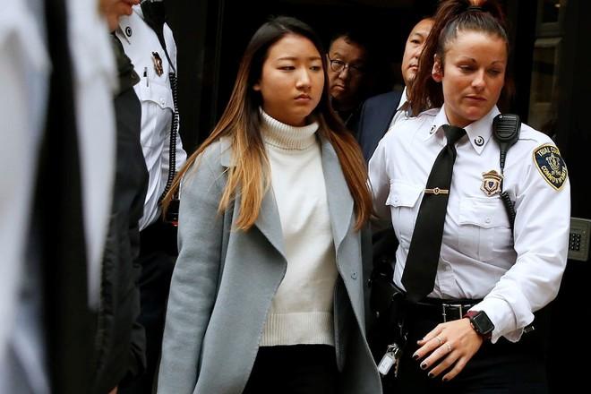 Hé lộ các tin nhắn sốc của cô gái Hàn Quốc nghi khủng bố tinh thần, khiến người yêu nhảy lầu tự tử - Ảnh 1