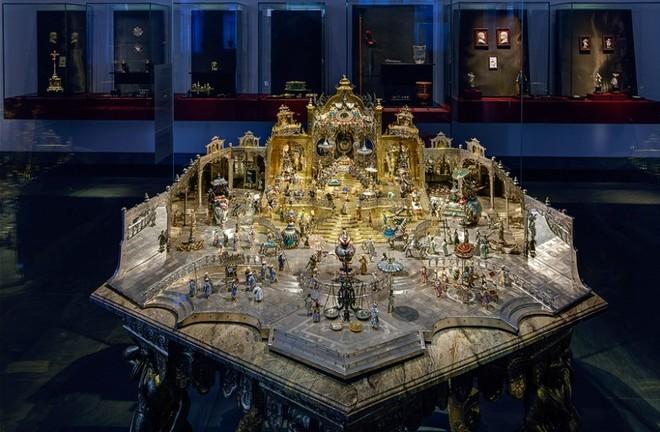 Xác định các bảo vật vô giá bị đánh cắp tại bảo tàng Đức gây chấn động thế giới  - Ảnh 5