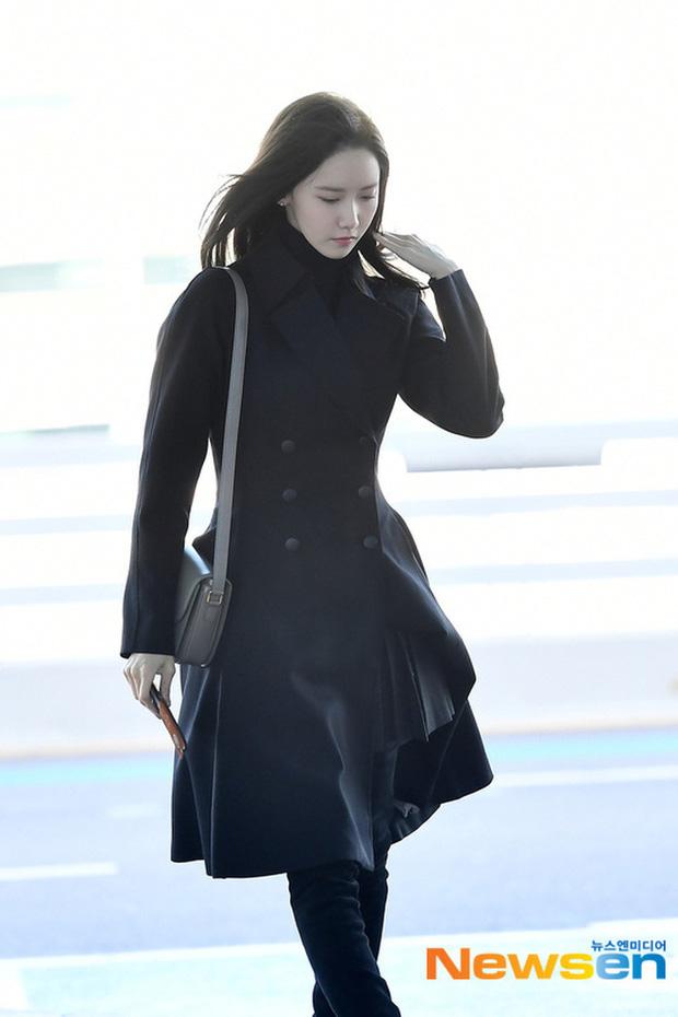 Yoona lên bar tại Hà Nội, lộ nhan sắc cực phẩm dù diện đồ siêu giản dị  - Ảnh 4