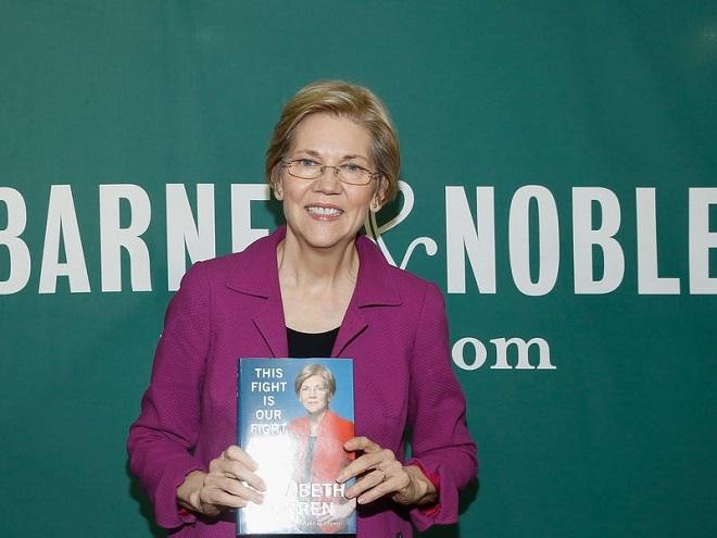 Nữ ứng viên tổng thống Mỹ Warren chỉ trích tỷ phú Bloomberg mua chuộc cuộc bầu cử - Ảnh 2
