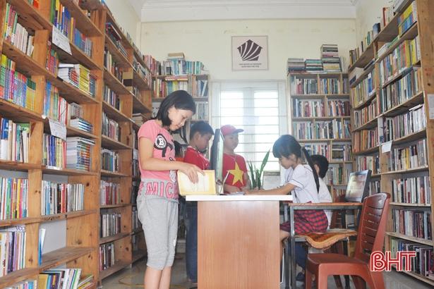 Hà Tĩnh: Cụ ông 97 tuổi hiến nhà xây thư viện miễn phí cho người dân - Ảnh 1
