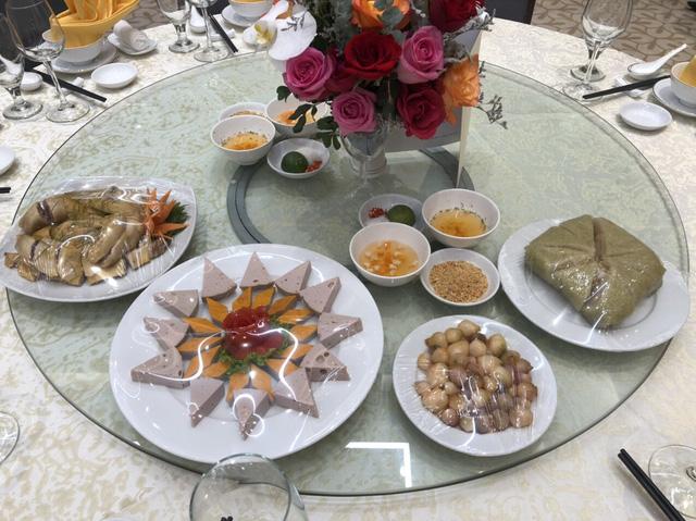 Tiết lộ thực đơn ngập tràn hương vị Tết Việt Thủ tướng chiêu đãi các cầu thủ - Ảnh 1