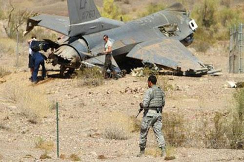 Tin tức thế giới mới nóng nhất ngày 11/12: F-16 Mỹ lao xuống đất khi hạ cánh - Ảnh 1