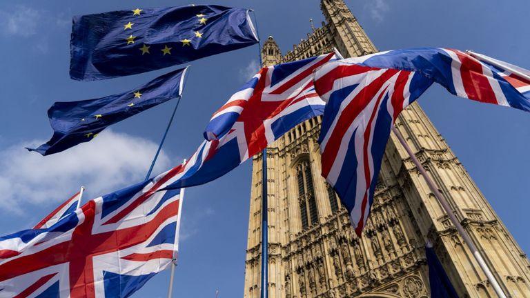 Tin tức thế giới mới nóng nhất ngày 21/12: Hạ viện Anh thông qua dự luật Brexit - Ảnh 1