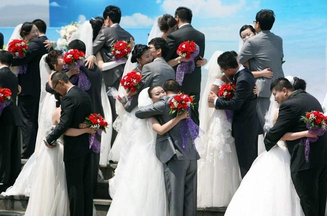 Đi làm 9 năm mới đủ tiền đám cưới, nhiều cặp đôi Hàn Quốc sợ kết hôn - Ảnh 1