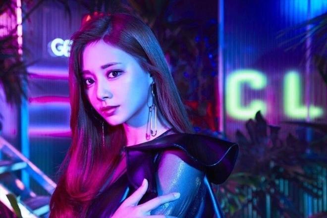 Nhan sắc không tì vết của Tzuyu: Nữ ca sĩ đứng đầu danh sách 100 gương mặt đẹp nhất thế giới - Ảnh 1