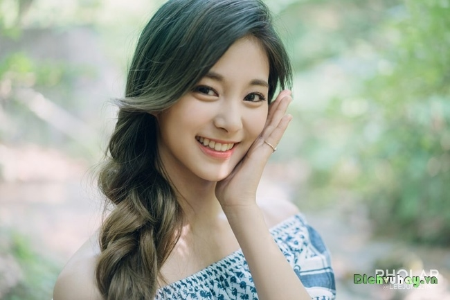 Nhan sắc không tì vết của Tzuyu: Nữ ca sĩ đứng đầu danh sách 100 gương mặt đẹp nhất thế giới - Ảnh 11