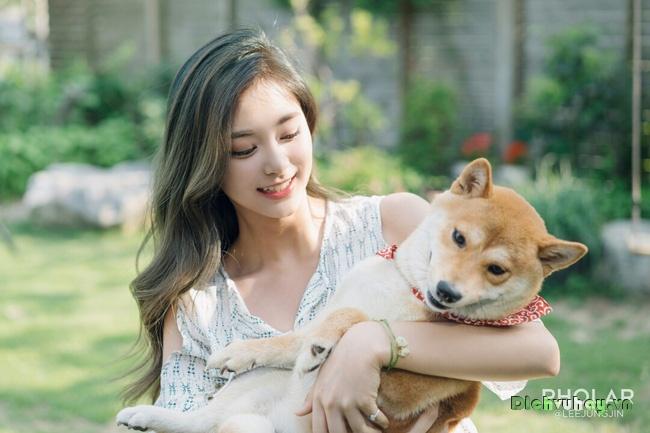 Nhan sắc không tì vết của Tzuyu: Nữ ca sĩ đứng đầu danh sách 100 gương mặt đẹp nhất thế giới - Ảnh 12