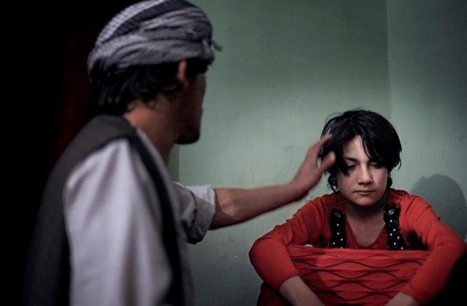 Vấn nạn lạm dụng tình dục trẻ em có hệ thống ở Afghanistan: Bị chính giáo viên, cảnh sát cưỡng hiếp - Ảnh 5