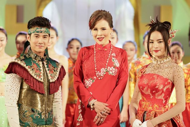 """Chân dung công chúa Ubolratana: Tác giả của """"địa chấn"""" tại chính trường Thái Lan - Ảnh 2"""