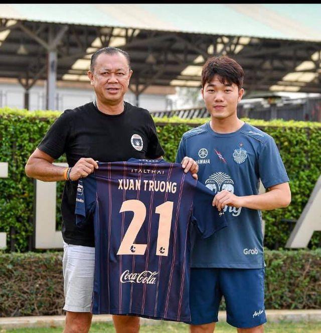 """Tiết lộ mức lương """"khủng"""" Xuân Trường nhận được khi đầu quân cho Thai League - Ảnh 1"""