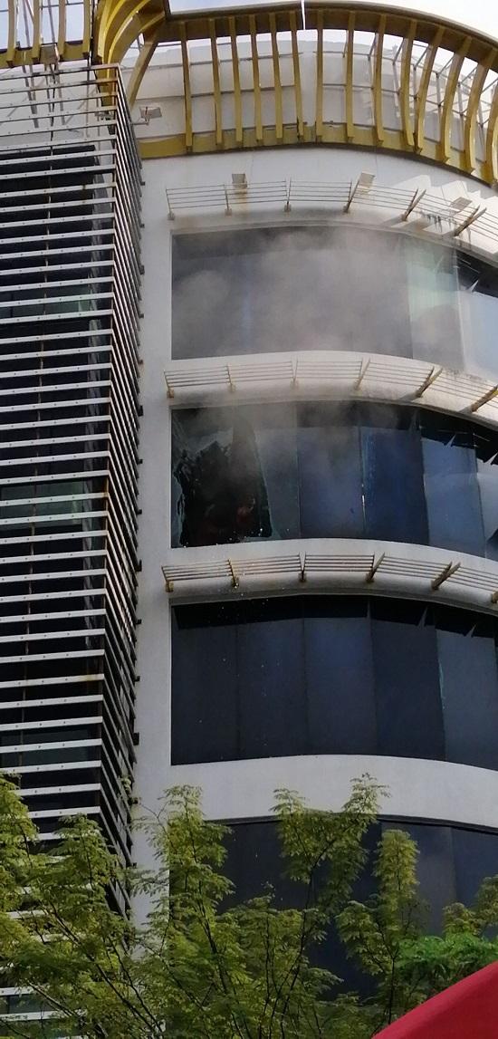 Cháy quán karaoke tại Malaysia, 2 phụ nữ Việt thiệt mạng - Ảnh 1