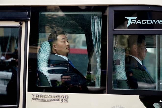Cận cảnh phái đoàn an ninh của Triều Tiên với gần 100 người có mặt tại Hà Nội - Ảnh 9