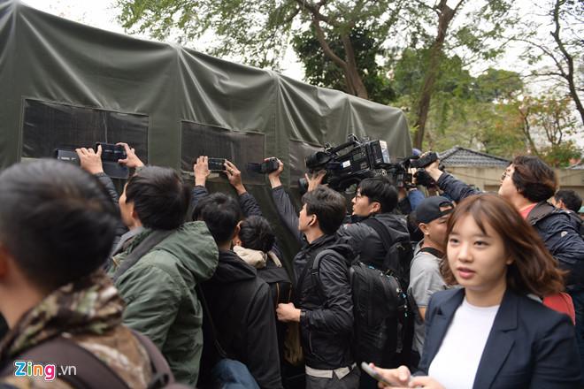 Cận cảnh phái đoàn an ninh của Triều Tiên với gần 100 người có mặt tại Hà Nội - Ảnh 12
