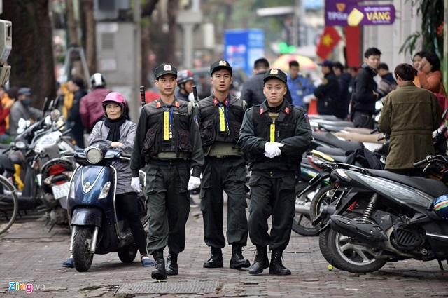 Xe bọc thép chính thức được triển khai trên đường phố Hà Nội trước thềm thượng đỉnh Mỹ-Triều - Ảnh 3