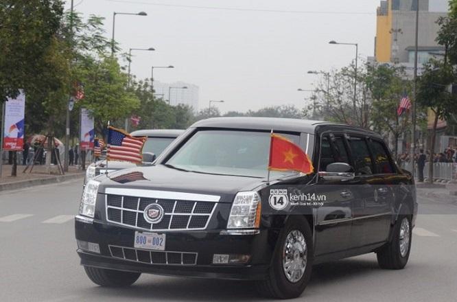"""Đoàn xe """"Quái thú"""" hộ tống Tổng thống Mỹ Donald Trump tới Phủ Chủ tịch - Ảnh 4"""