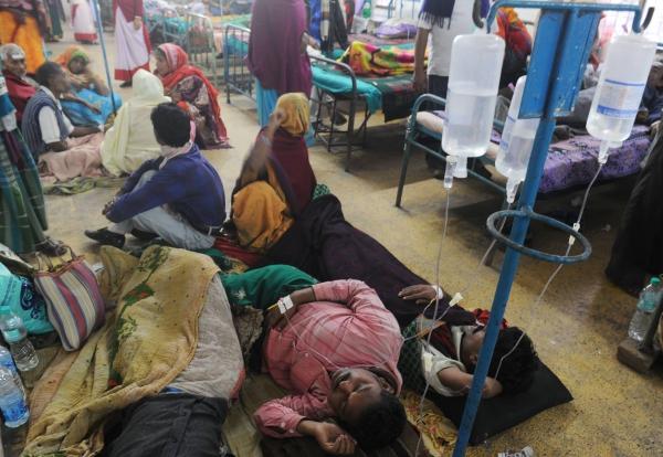 Ngộ độc rượu tại Ấn Độ, ít nhất  34 người thiệt mạng - Ảnh 1