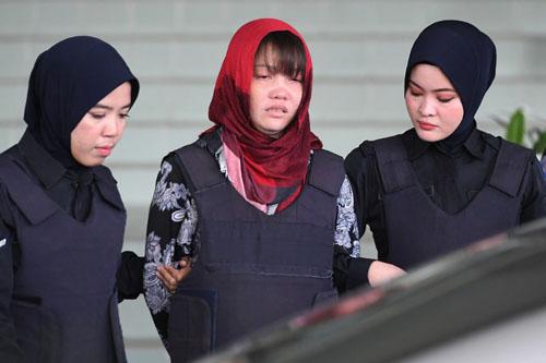 """Nghi án """"Kim Jong-nam"""": Malaysia hoãn phiên xét xử do Đoàn Thị Hương có biểu hiện rối loạn tâm lý - Ảnh 1"""