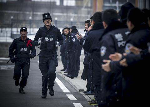 """Sách Trắng của Trung Quốc hé lộ số lượng phần tử """"khủng bố"""" bị bắt tại khu vực Tân Cương - Ảnh 1"""